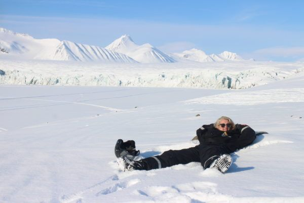 Snowmobiling Svalbard