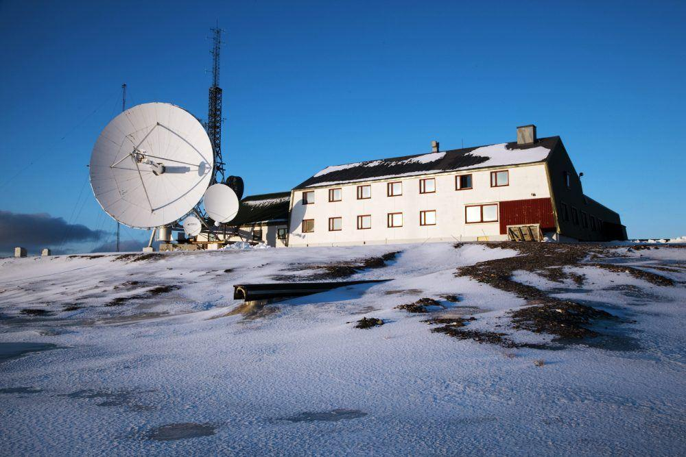 Isfjord Radio outside winter