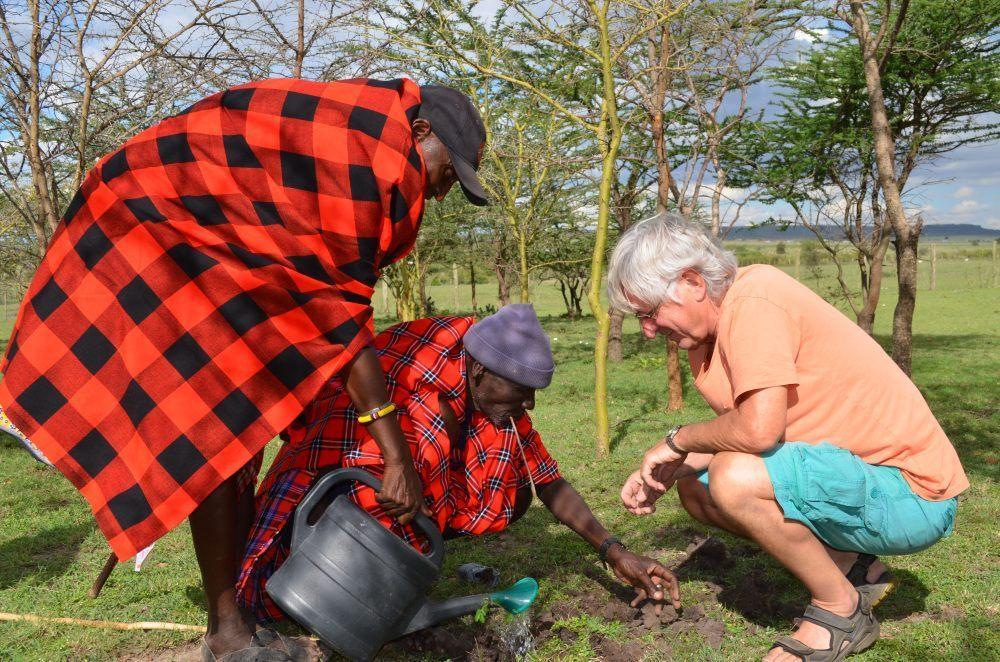 Kenya Treplanting1