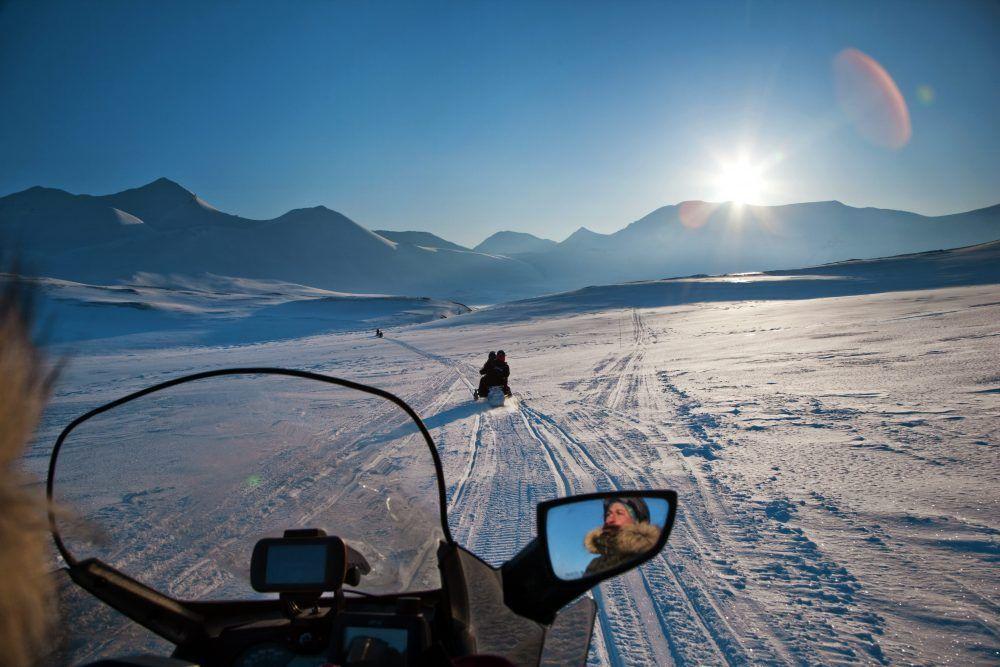 Snøscooterturer Spitsbergen