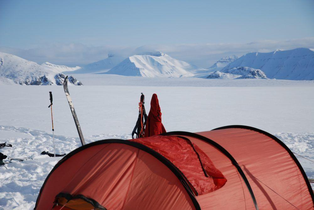 Crossing Spitsbergen on Skis