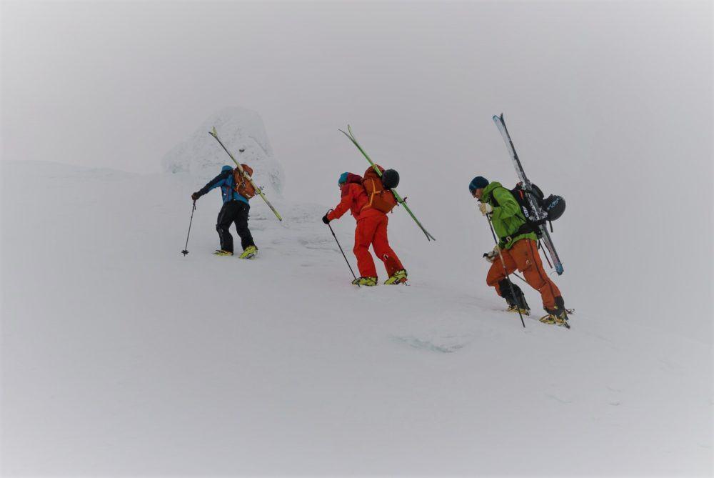 Skiing adventure on Spitsbergen