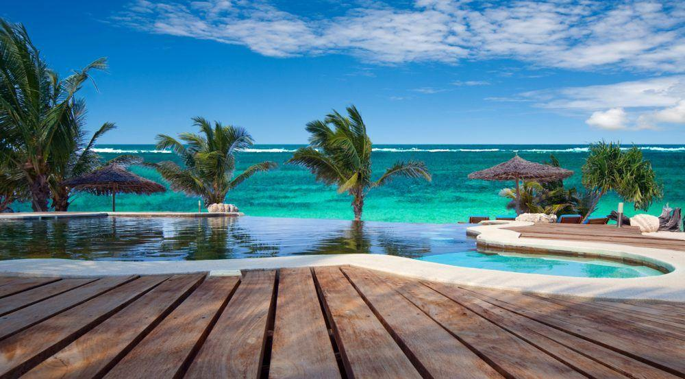 007-waterlovers-swimming-pool