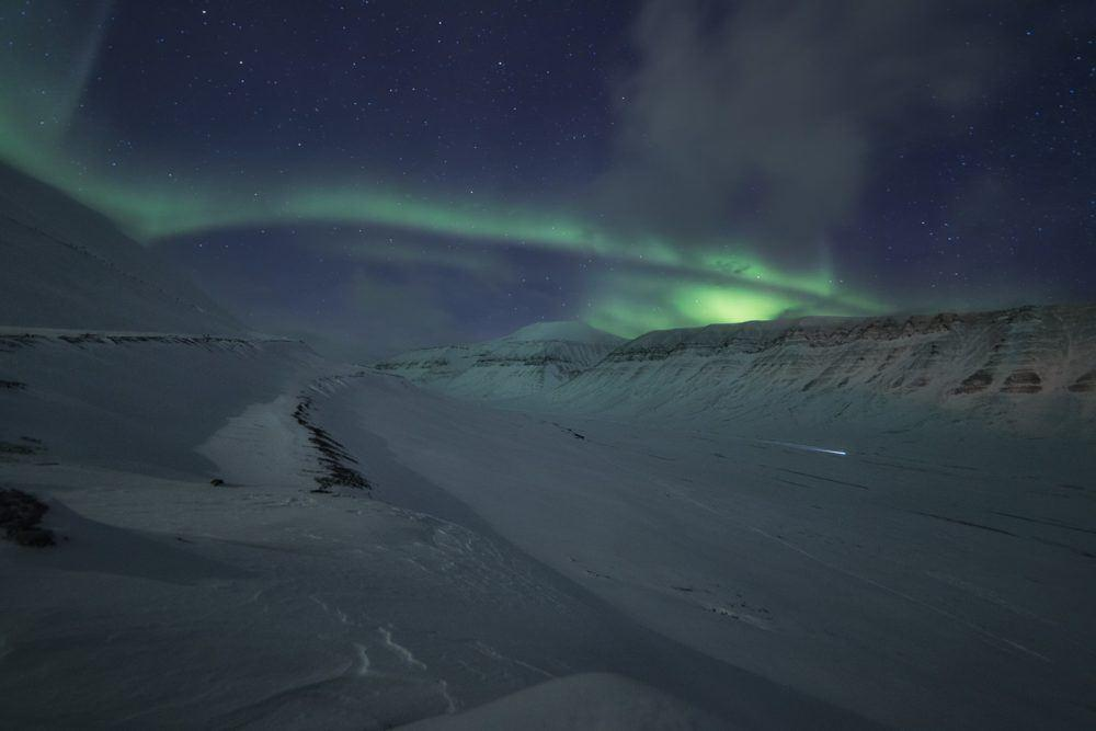 Mushin under the northern lights_Basecamp Explorer by Terje Nergård Nilssen