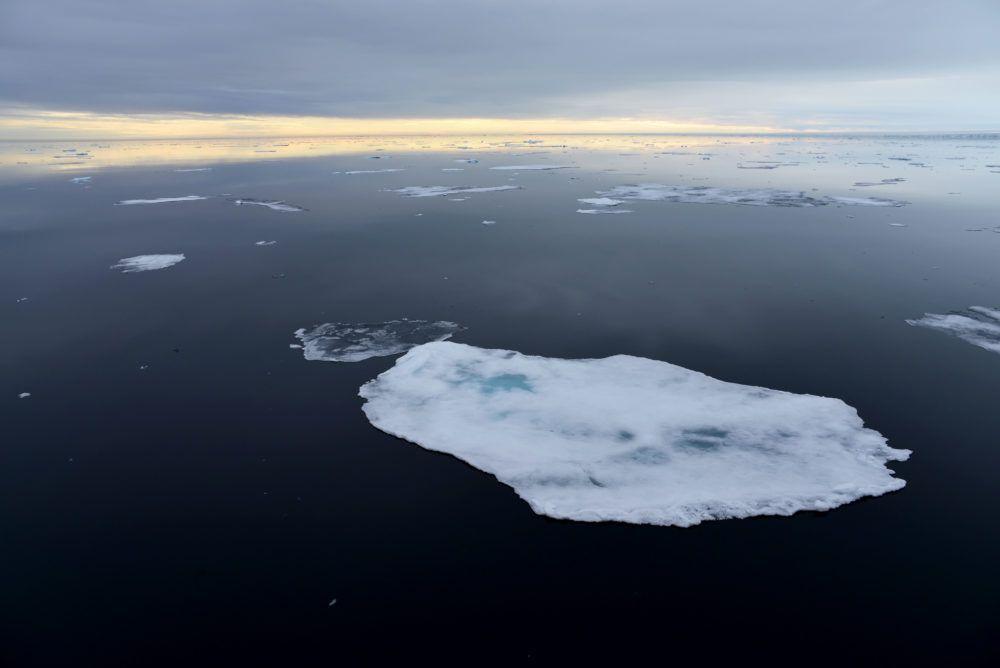 arctic_sailing_seaice_jukkaikonen2