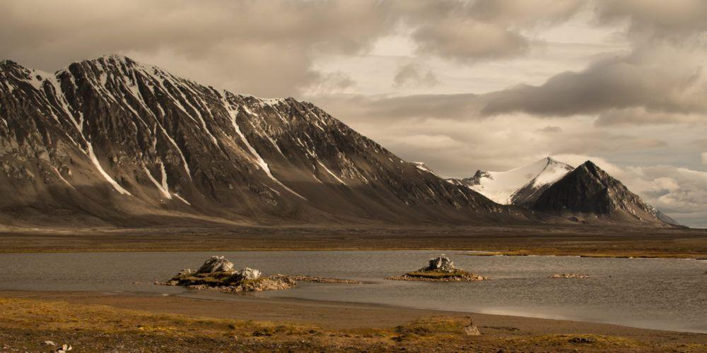 Landscape, Isfjord Radio